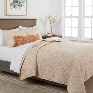 4pc Marion Floral Quilt Set - Threshold @ Target