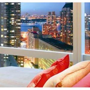 Save 5% off select hotels @Hotels.com