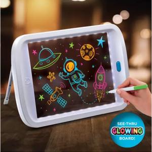 Discovery Kids 兒童LED繪畫板 @ Belk