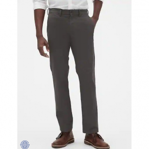 GapFlex Essential Khakis in Straight Fit with Washwell @ Gap Factory