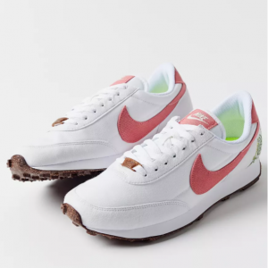 Urban Outfitters官网 Nike Daybreak SE运动鞋5折热卖