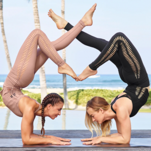 Up to 60% off 200+ New Sale Styles @ Alo Yoga