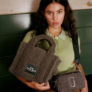 Marc Jacobs 泰迪系列毛绒美包上新热卖