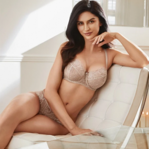 Up to 50% off Sale Items @ Lavinia Lingerie
